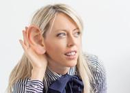 אוזניים בולטות